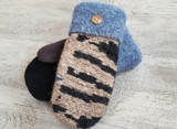 Woolly Moly Mittens / Black & Blues