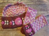 Peruvian Trading Co. Hat & Cut off Mittens  Pink/Cream
