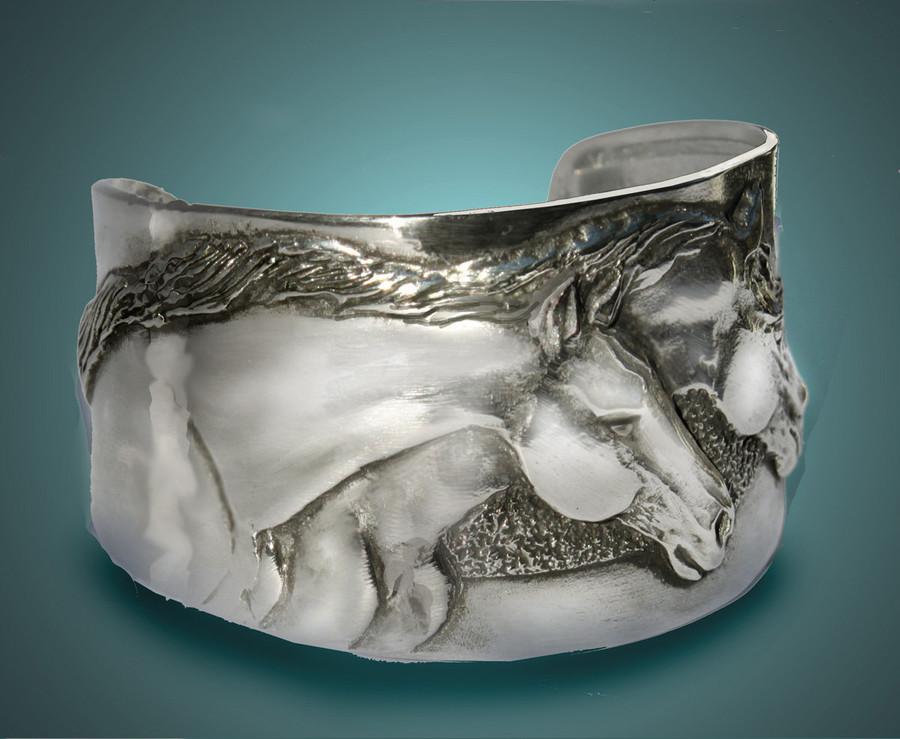 Horse bracelet, Two Horse Heads cuff bracelet