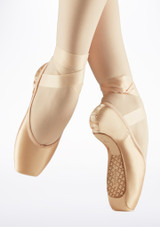 Capezio Cambre Broad Pointe Shoe Pink side. [Pink]