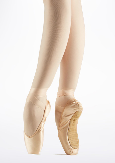 Grishko Nova Pro 2007 Medium Shank Pointe Shoe Pink. [Pink]