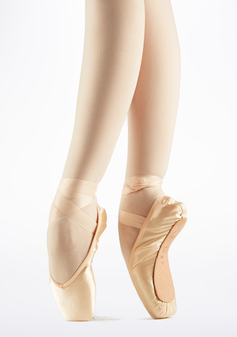 Bloch Hannah Pointe Shoe Pink. [Pink]