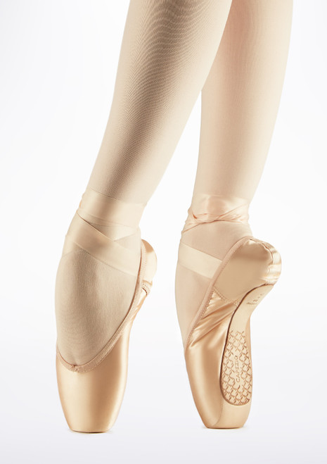 Capezio Cambre Tapered Pointe Shoe Pink front. [Pink]