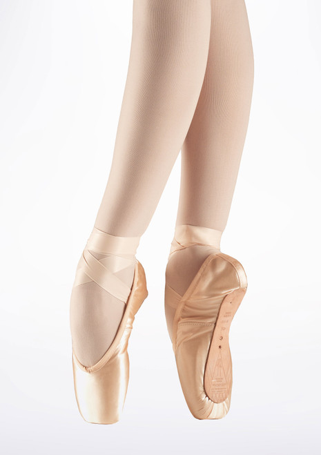 Bloch Serenade S0131L Pointe Shoe Medium Shank Pink. [Pink]