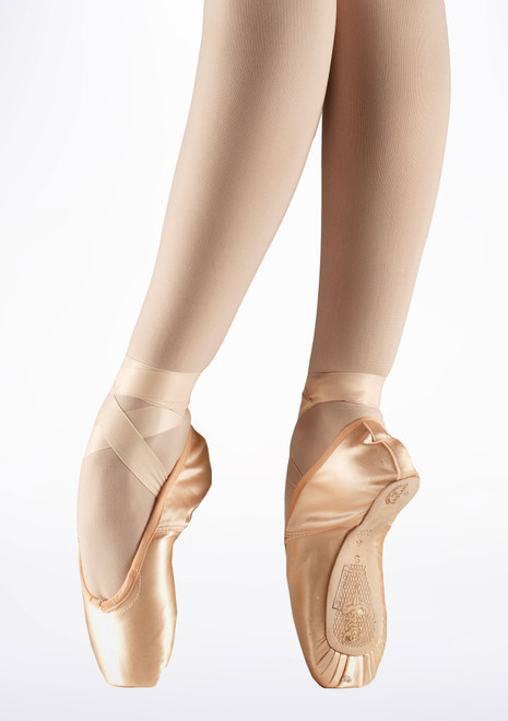 Freed Classic Demi Pointe Shoe Pink. [Pink]