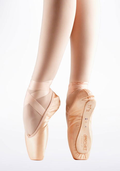 Merlet N2 Pointe Shoe 4/4 Shank Tan. [Tan]