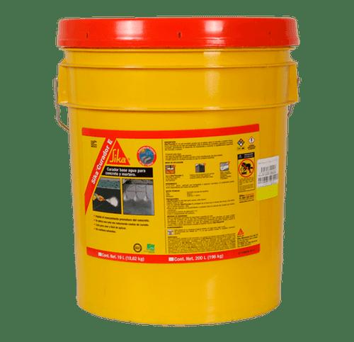 Cubeta de 19 litros del Sika Curador E
