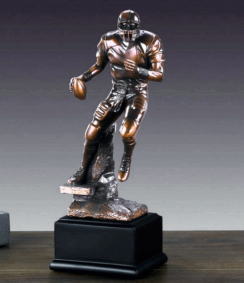 Football Player (running back / linebacker)