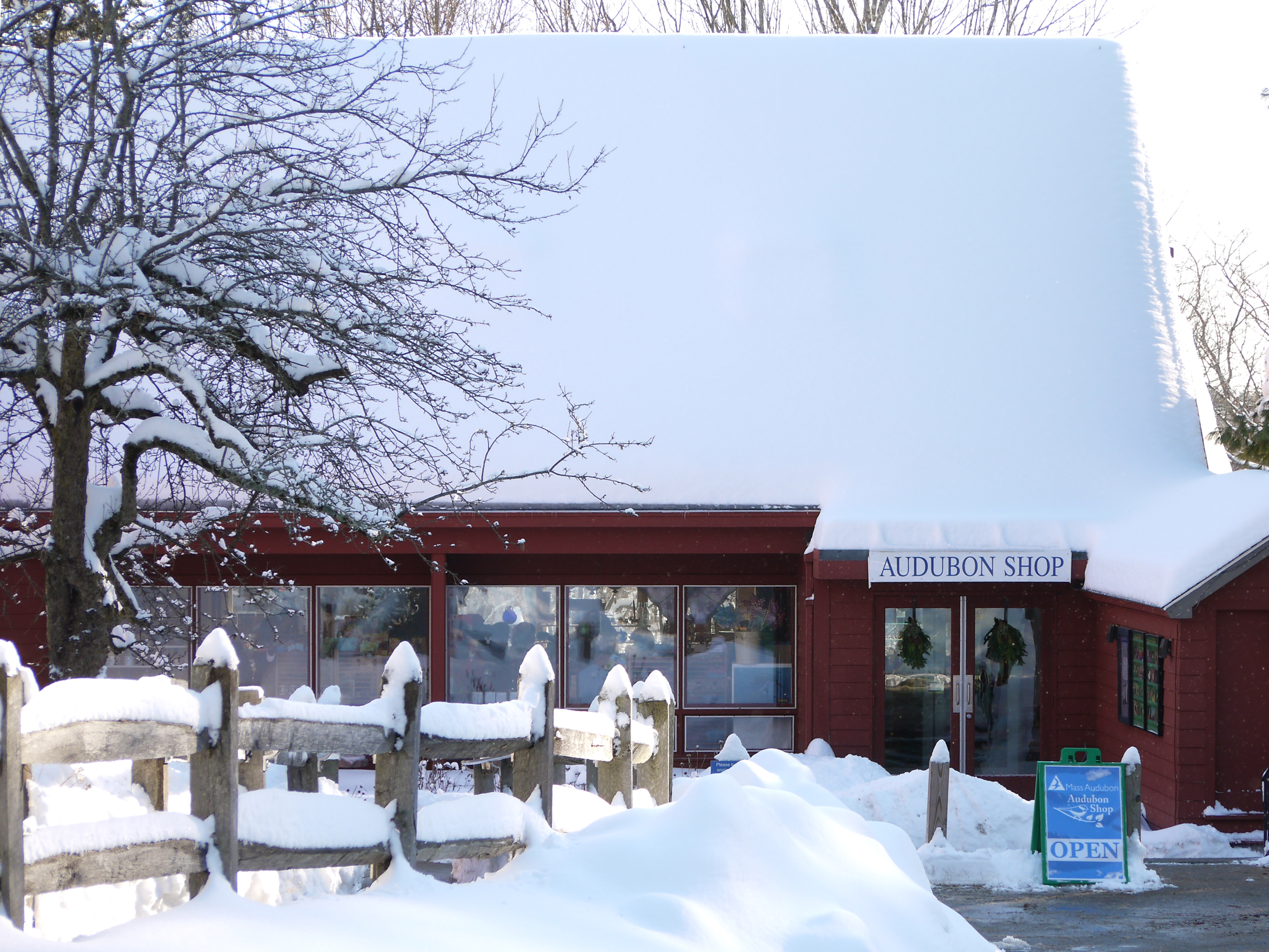 The Mass Audubon Shop at Drumlin Farm in Lincoln, MA, covered in winter snow