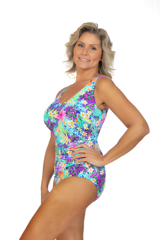 conservative one piece, great fitting one piece, great supporting one piece, good coverage, plus size womens one piece swimwear