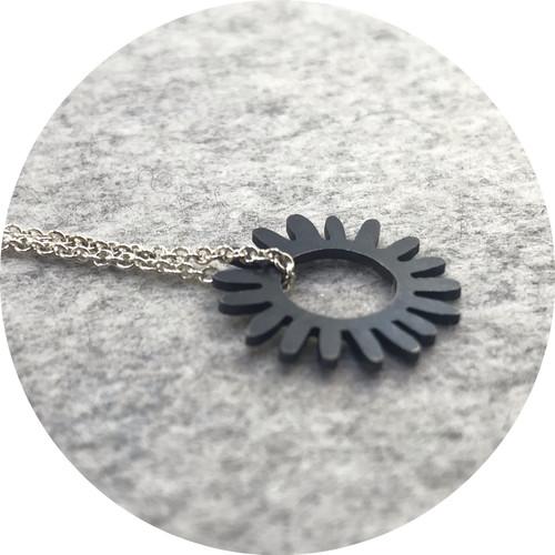 Laura Eyles - 'Whirlpool Hoop Necklace' 925 silver