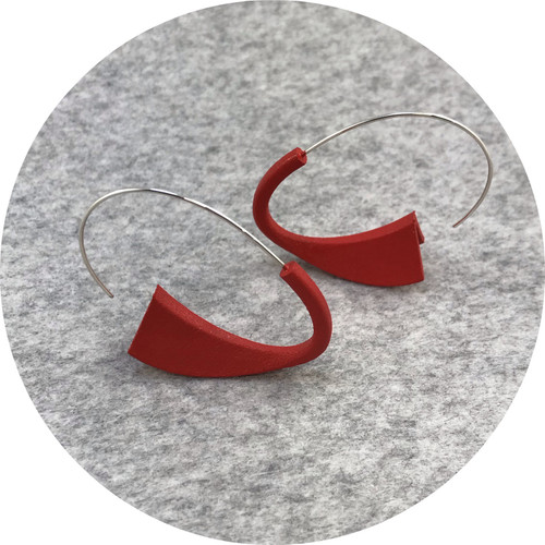 Leonie Simpson- Suki Earrings, 3D printed acrylic, acrylic paint and sterling silver.