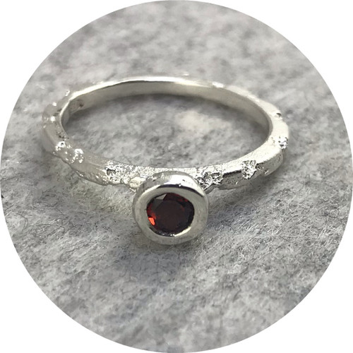 Albert Tse - Crater 1.5mm Sterling Silver Ring with a 4mm Red Garnet
