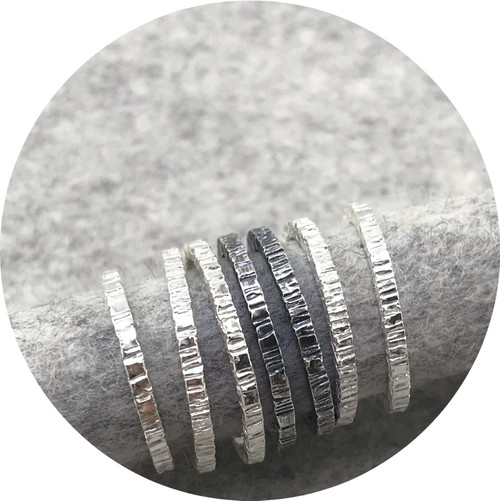 Amelie Atelier - 'Tactility Stack Rings', 925 silver