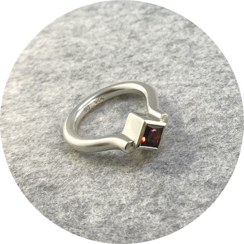Danielle Barrie - 'Regal Ring' Made in Sterling  Silver  and set with a Garnet