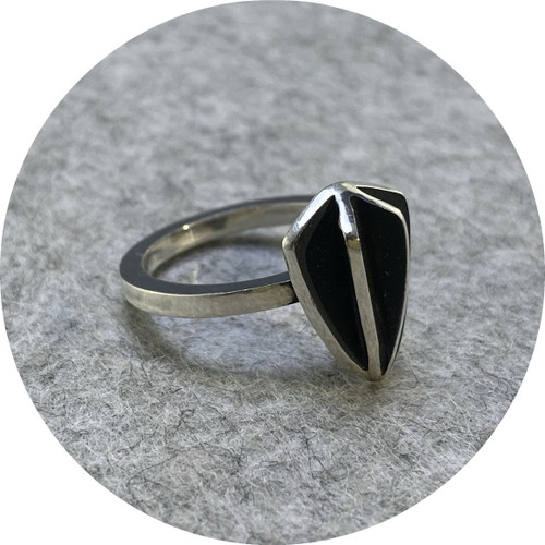Rachael Grigulis - 'Shield X-series Ring', 925 silver K.5