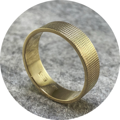 Melanie Ihnen - 9ct yellow gold textured ring. Size 0 1/2.