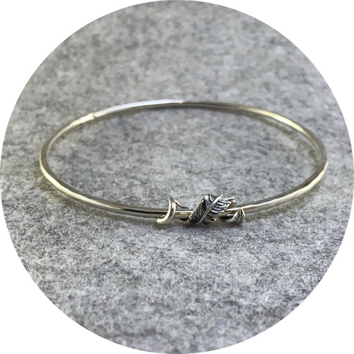 Amelie Atelier - 'Silver Feather Bangle' sterling silver.