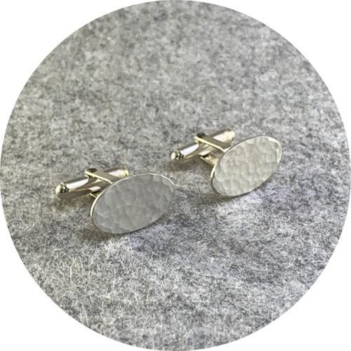 Amelie Atelier - 'Ripple oval cufflinks' sterling silver.