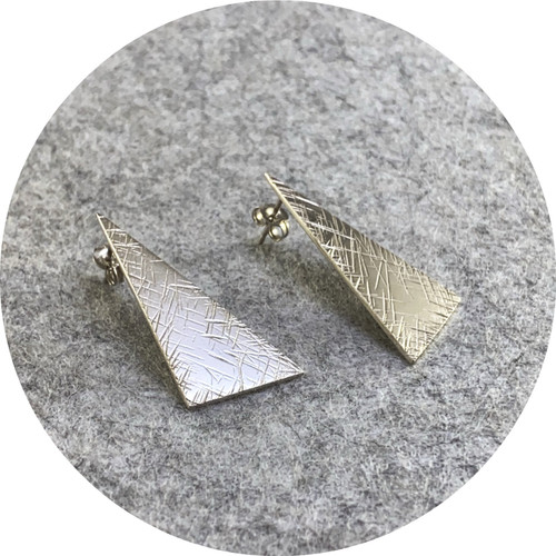 Amelie Atelier - 'Large Triangle Tactility Disk Stud' sterling silver.