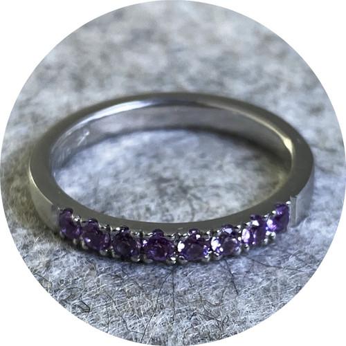 Ellinor Mazza - Lilac Ring, platinum 950, lilac sapphires