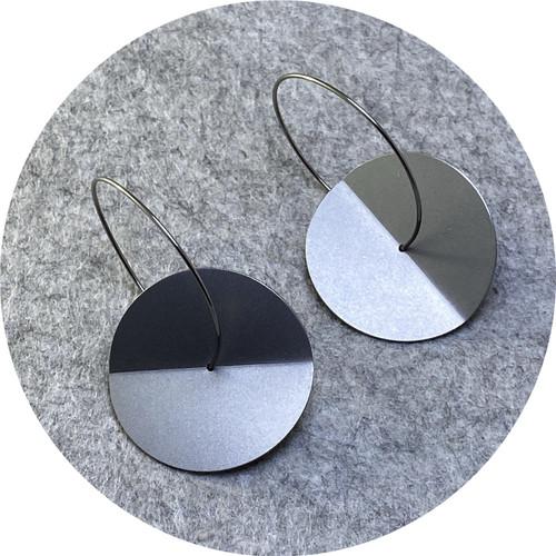 Ferro Forma - Fold Earrings (Large), stainless steel