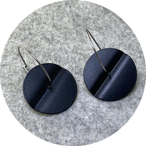 Ferro Forma - Centrefold Earrings (Small), stainless steel, powdercoat
