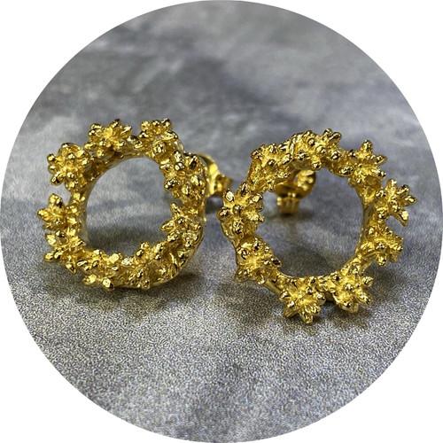 Manuela Igreja- Spur wreath stud earrings. Sterling silver with gold plate.