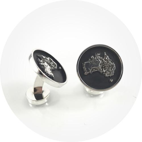 Albert Tse– Cufflinks round. Memento Australia. Oxidised sterling silver.