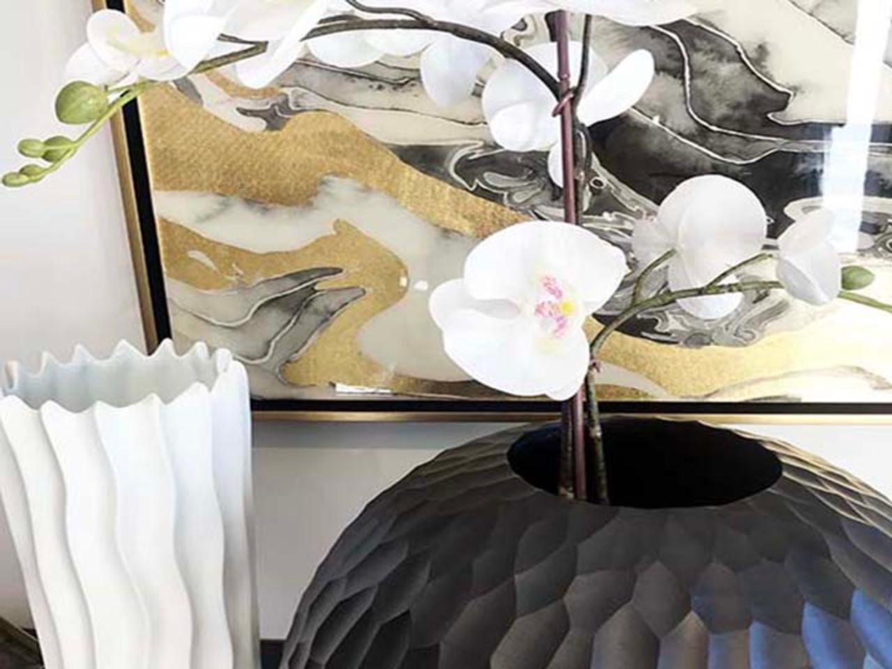 Black Mango Wood Collection - Honeycomb Bagel Shape Centerpiece