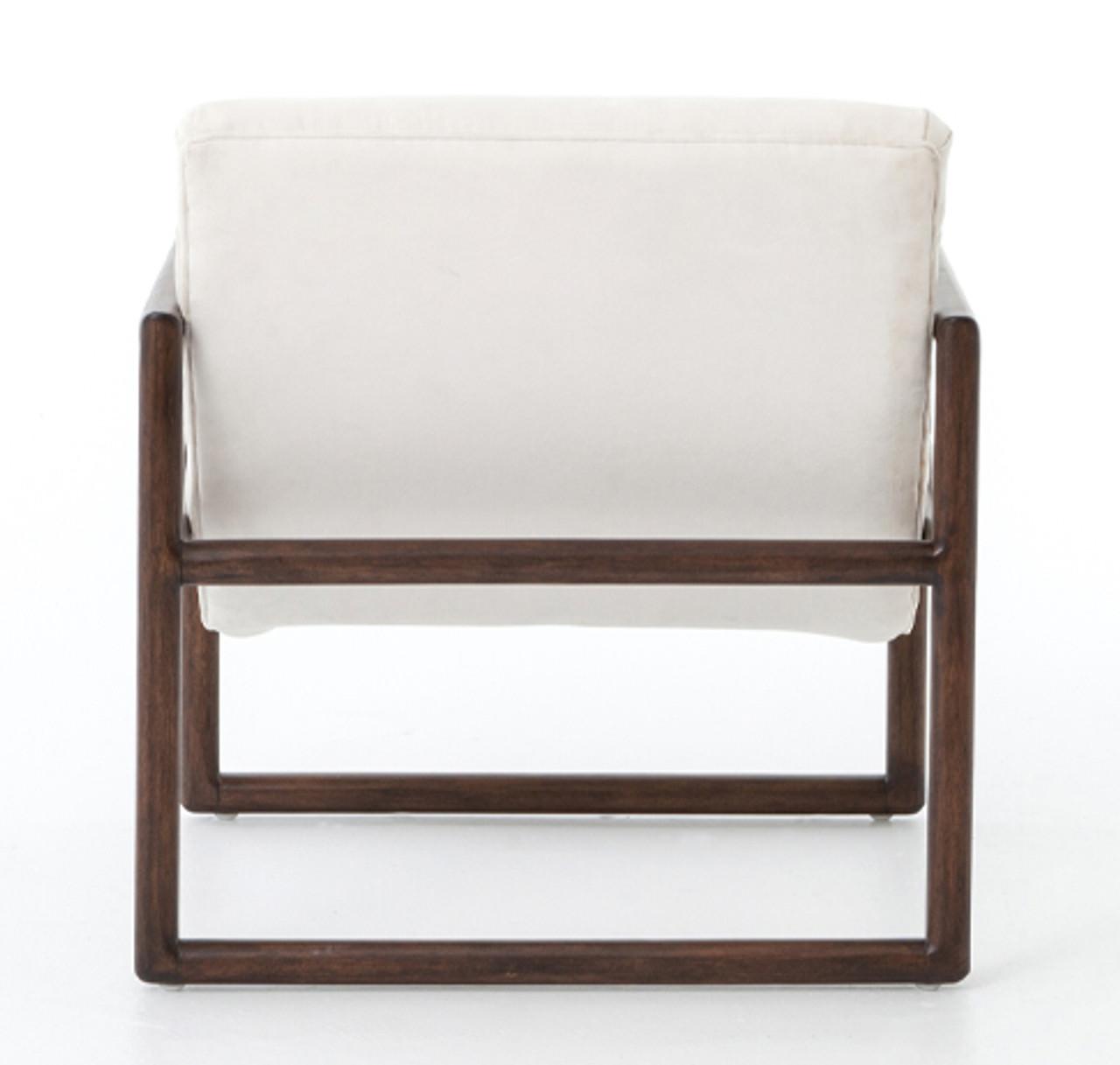 Brava Curved Lounge Chair