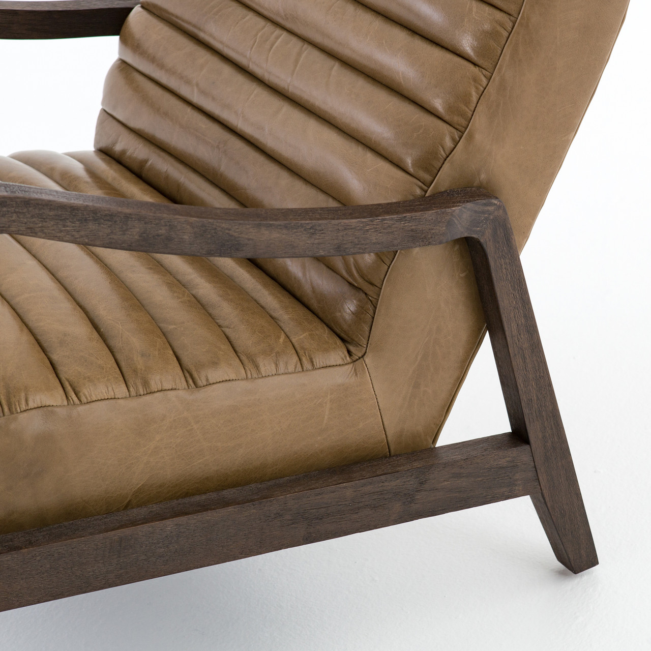 Outlander Lounger Armchair