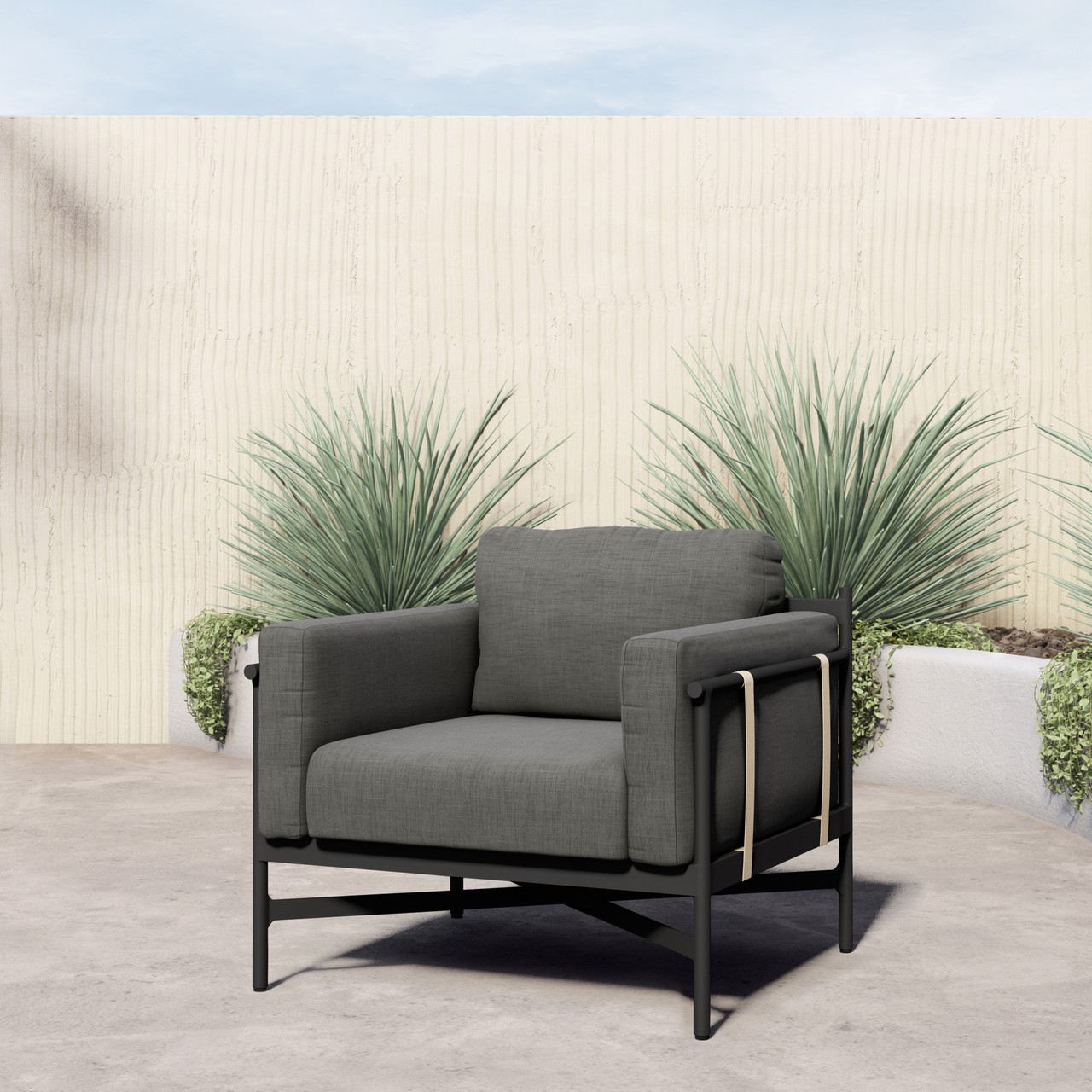 Charlie Outdoor Club Chair