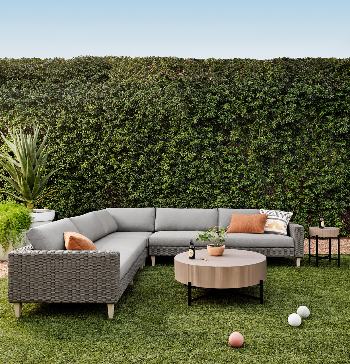 Kylette Outdoor Coffee Table