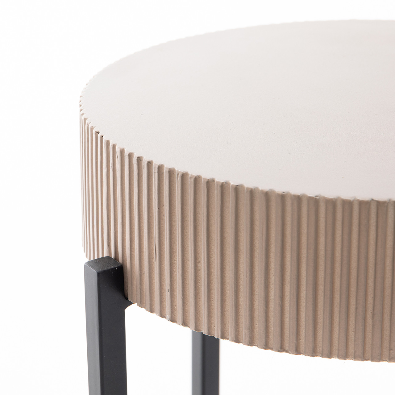Kylette Outdoor End Table