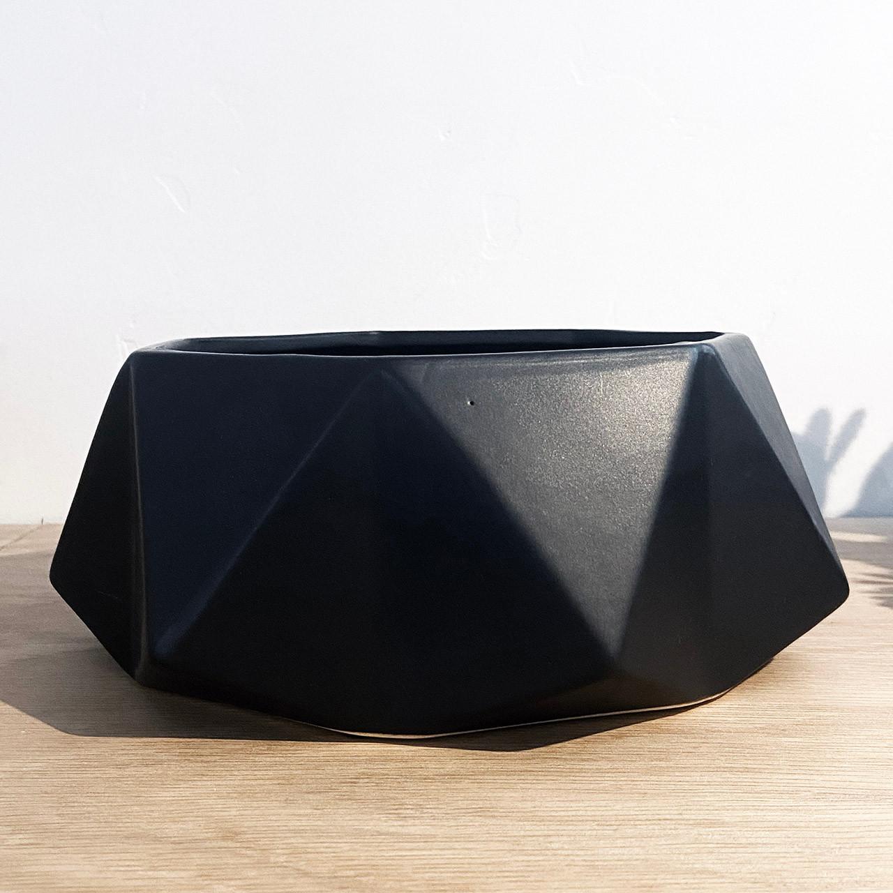 Nero Marquina Pot
