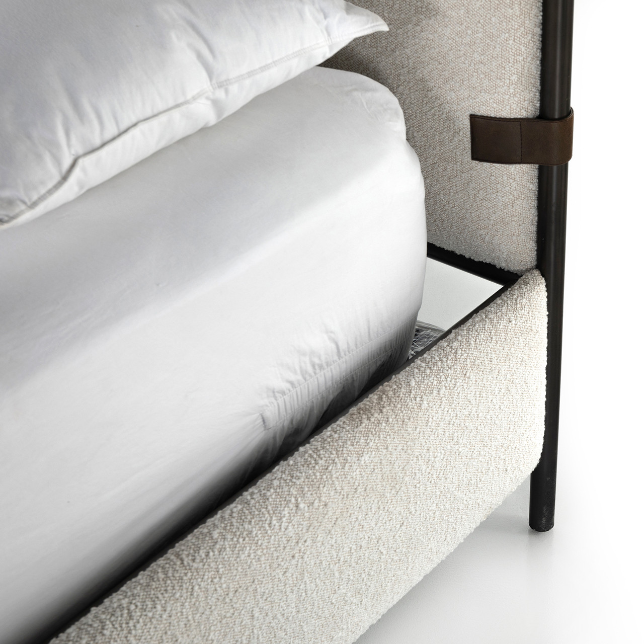 Auckland Bed - Knoll Natural