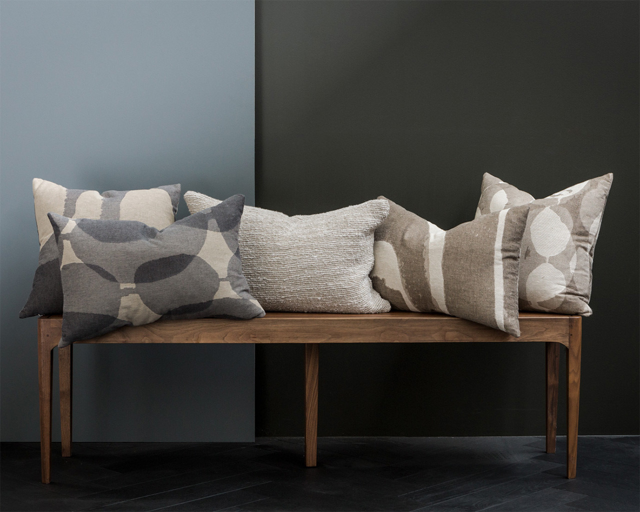 Refined Connected Dots Pillow