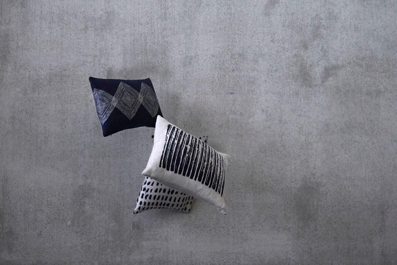 Dots Pillow - Lumbar
