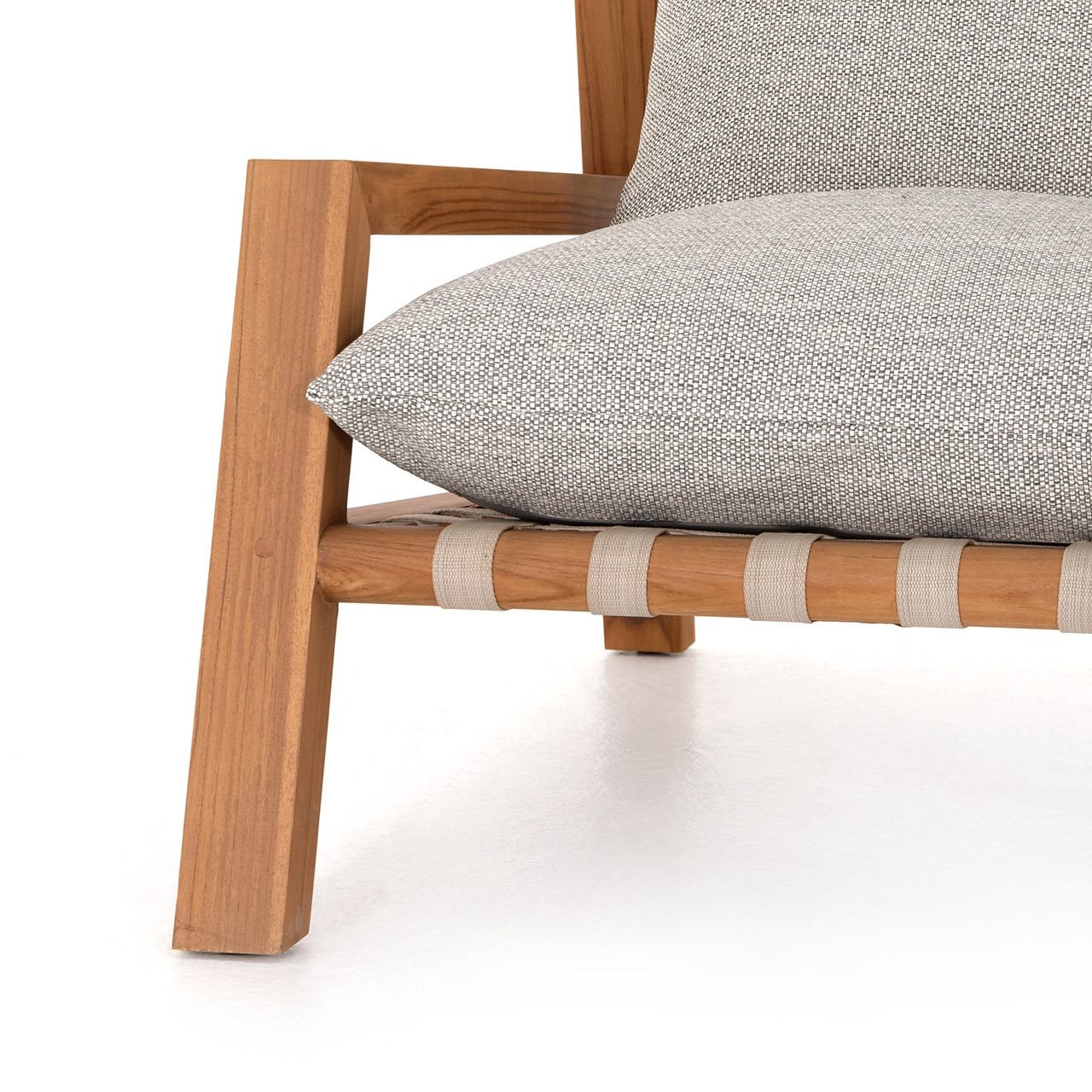 Siori Outdoor Chair