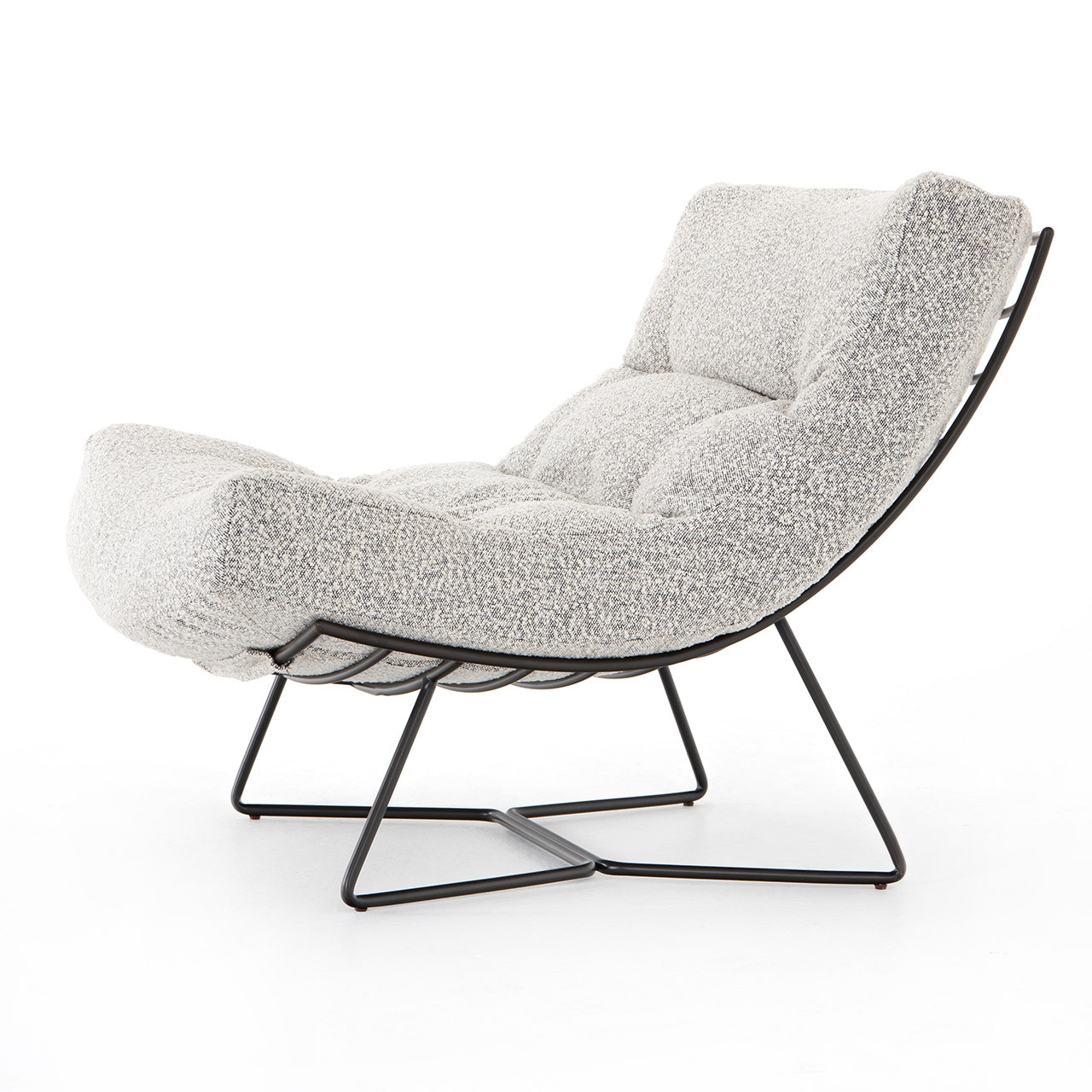 Womb Chair - Knoll Domino