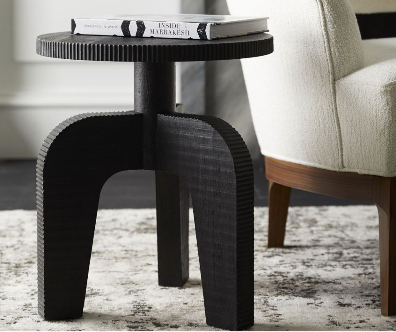 Keen Accent Table