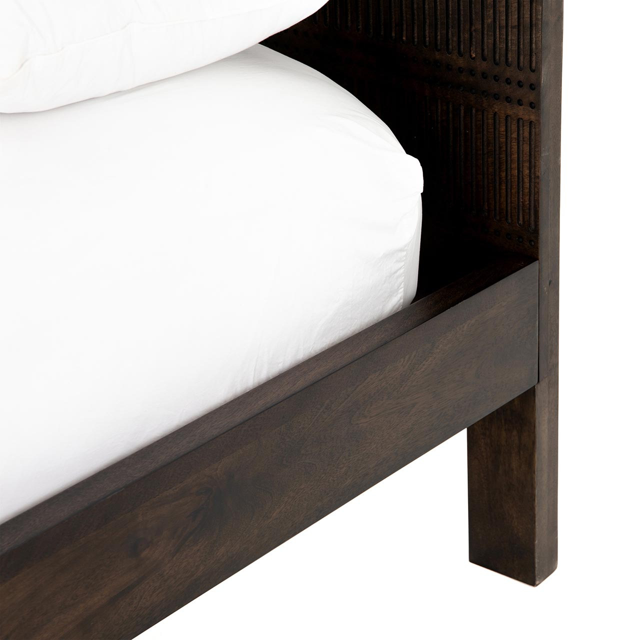 Bauer Wood Bed - Carved Aged Brown - Queen