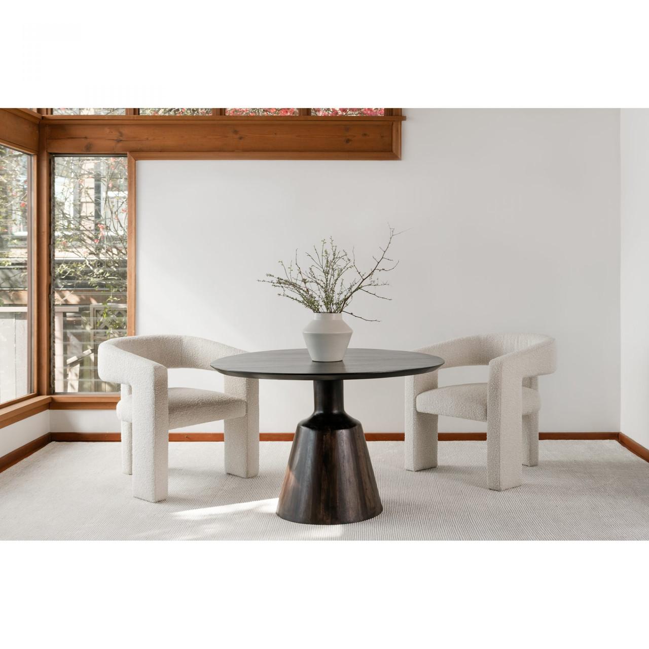 Oriz Dining Table