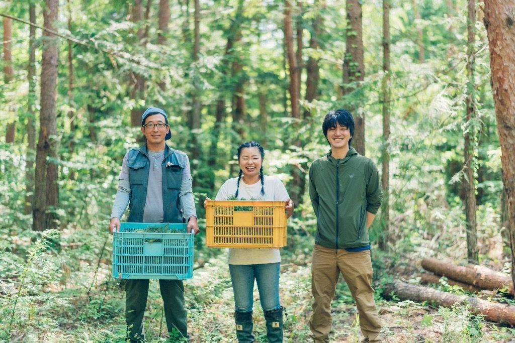 森の座代表の西村さん(左)とやまとわ奥田氏(右)と
