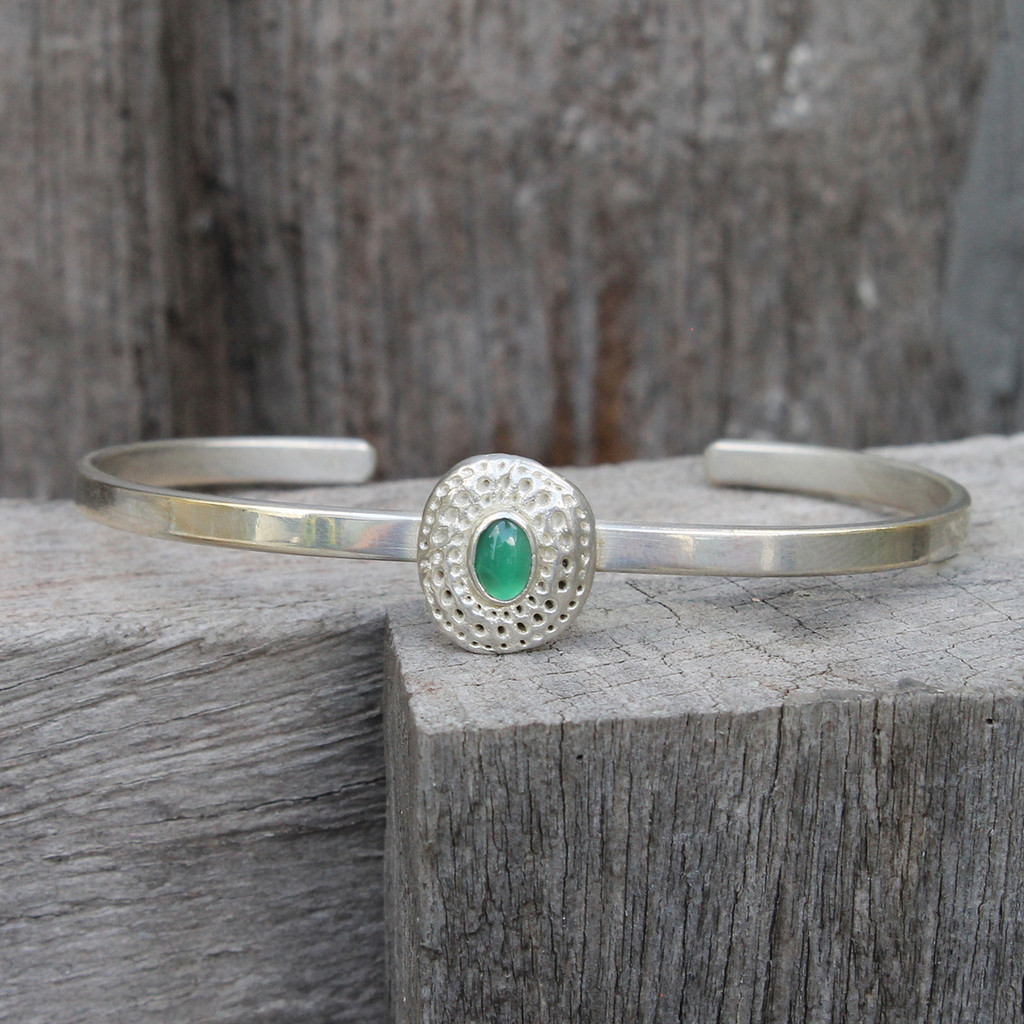 adjustable silver bracelet with green agate stone detailing