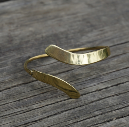 allude bracelet