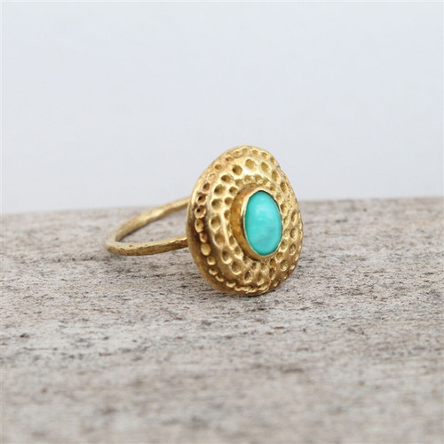 14 carat gold plated ring with turquoise stone detailing
