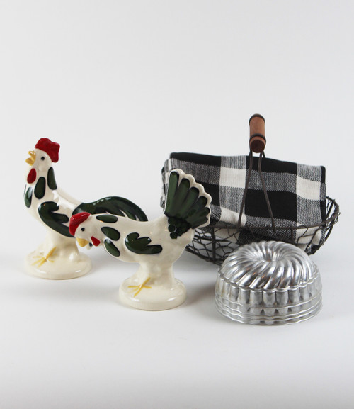 Chicken in a Basket Gift Bundle