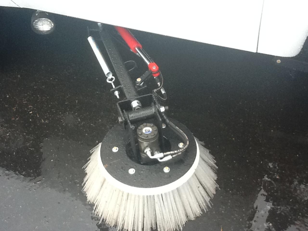 Dish, Curb Broom